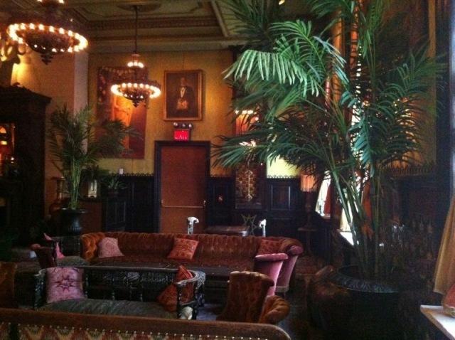 Ballroom_at_Jane_Hotel