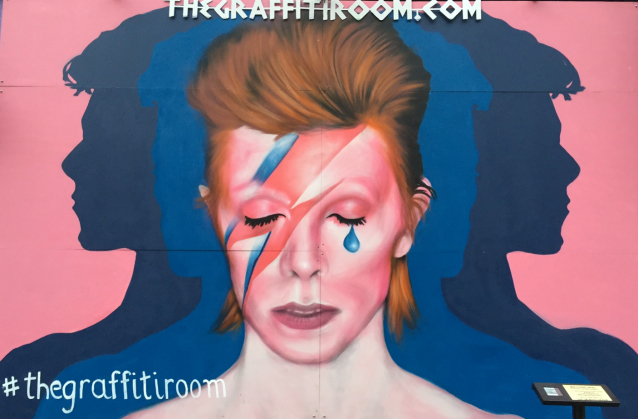the graffiti room David Bowie streetart run Lower East Side
