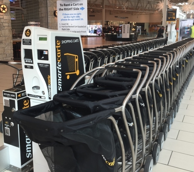Shopping_carts_at_Jersey_Gardens_outlet_mall