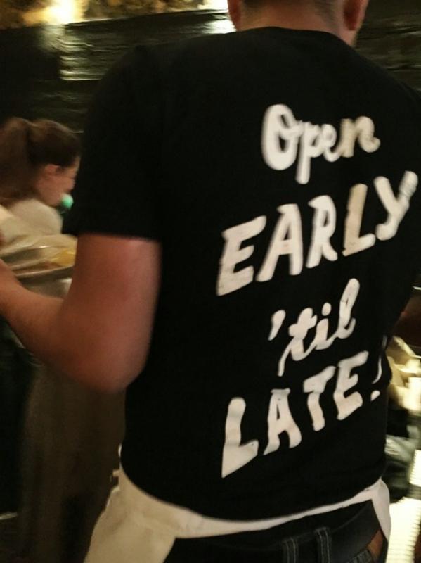 The Smith_shirt_waiter